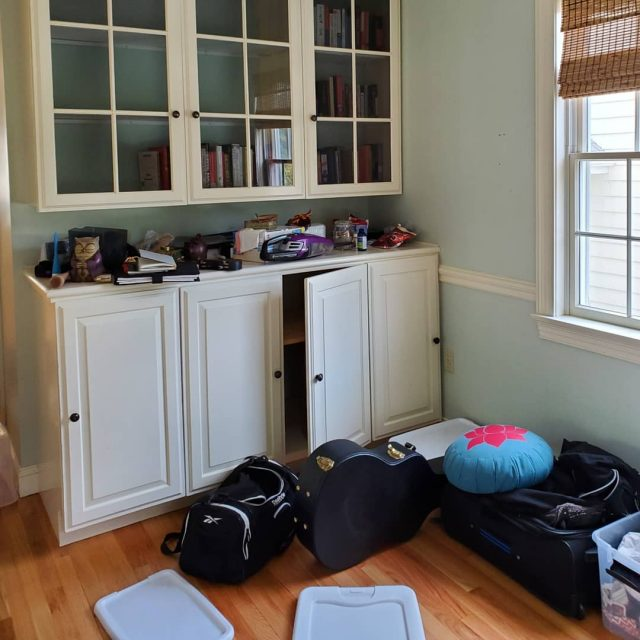 dining-room-needs-organizing-too-much-clutter